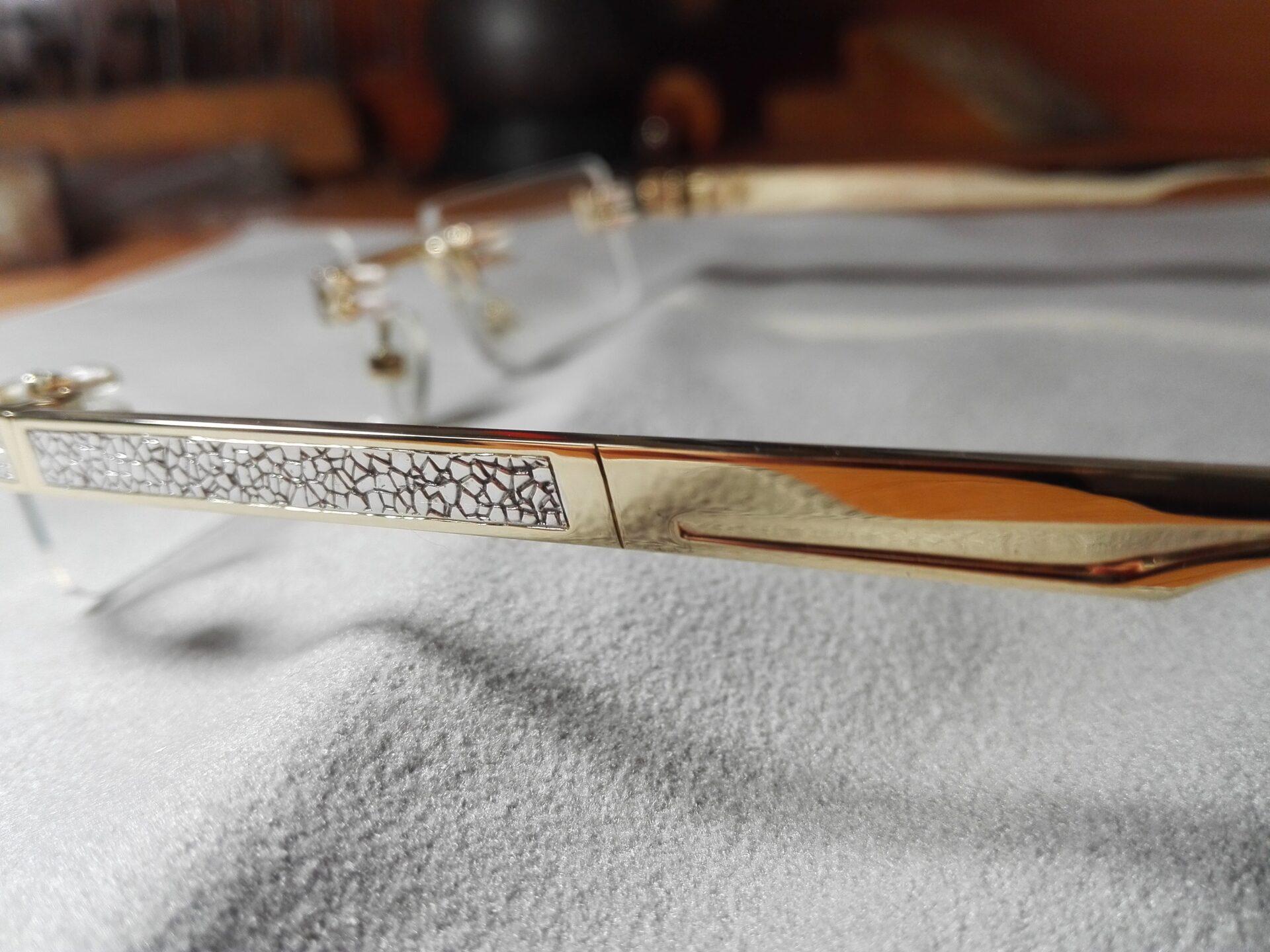 Оправа для очков из золота